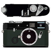Leica a la carte(ライカ アラカルト) レザー外装 ナパレザー・レーシンググリーン