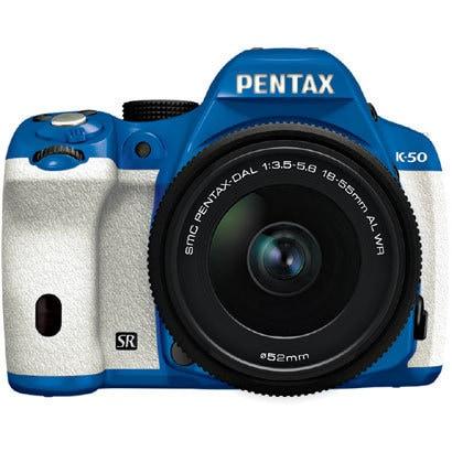 K-50 レンズキット ブルー/ホワイト 047 [ボディ+交換レンズ「smc PENTAX-DA L 18-55mmF3.5-5.6AL WR」]