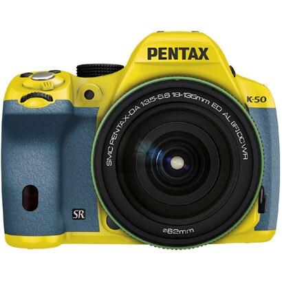 K-50 18-135WRキット イエロー/アクア 031 [ボディ+交換レンズ「smc PENTAX-DA18-135mmF3.5-5.6ED AL[IF]DC WR」]