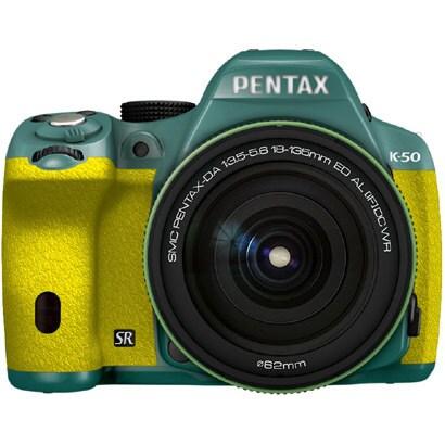 K-50 18-135WRキット ミント/イエロー 093 [ボディ+交換レンズ「smc PENTAX-DA18-135mmF3.5-5.6ED AL[IF]DC WR」]