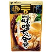 〆まで美味しい地鶏味噌ちゃんこ鍋つゆ ストレート 750g