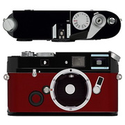 Leica a la carte(ライカ アラカルト) レザー外装 ボックスカーフ・レッド