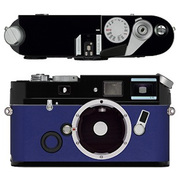 Leica a la carte(ライカ アラカルト) レザー外装 ボックスカーフ・ブルー