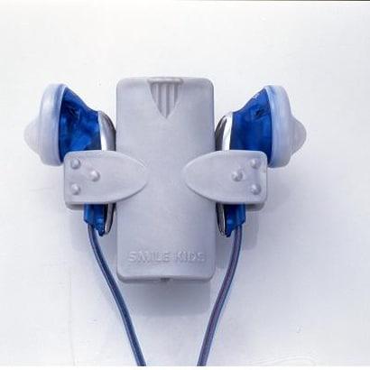 AKD700 [からまないイヤホンホルダー]