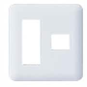 WTF7074W [コスモシリーズワイド21 コンセントプレート(3コ+1コ用) ホワイト]