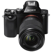 ILCE-7K [α7 (アルファ7) ズームレンズキット ボディ+交換レンズ「SEL2870 FE 28-70mm F3.5-5.6 OSS」 35mmフルサイズ]