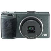 GR Limited Edition [カメラ本体+フード&アダプター「GH-3 Limited Edition」+ソフトケース「GC-5 Limited Edition」+ネックストラップ「GS-3 Limited Edition 付」]