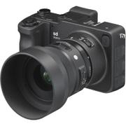 sd Quattro 30mm F1.4 DC レンズキット [ボディ ブラック+交換レンズ「30mm F1.4 DC HSM | Art SAマウント」]