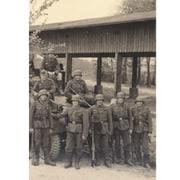 35103 [1/35 ミリタリーシリーズ ドイツ Sd.Kfz.251/1 Ausf.A 装甲兵員輸送車 w/ドイツ歩兵]