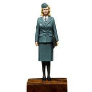 P35F012 [1/35スケール レジン製ミリタリーフィギュア WWII ドイツ空軍 女性通信補助員]