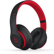 MRQ82PA/A [Studio3 Wireless オーバーイヤーヘッドフォン DefiantBlack-Red The Beats Decade Collection]