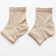 シルクでかかとケア靴下 砂色