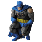 MAFEX No.119 BATMAN TDKR:The Dark Knight Triumphant [塗装済み可動フィギュア 全高約160mm]