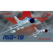 EDU11141 MiG-19 リミテッドエディション [1/48スケール プラモデル]