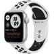 Apple Watch Nike SE(GPSモデル)- 40mmシルバーアルミニウムケースとピュアプラチナム/ブラックNikeスポーツバンド [MYYD2J/A]