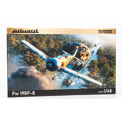 EDU82139 1/48 プロフィパックシリーズ Fw190F-8 [組立式プラスチックモデル]