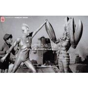 ウルトラマンの現場―スタッフ・キャストのアルバムから ウルトラマンシリーズ放送開始50年記録写真集 [単行本]